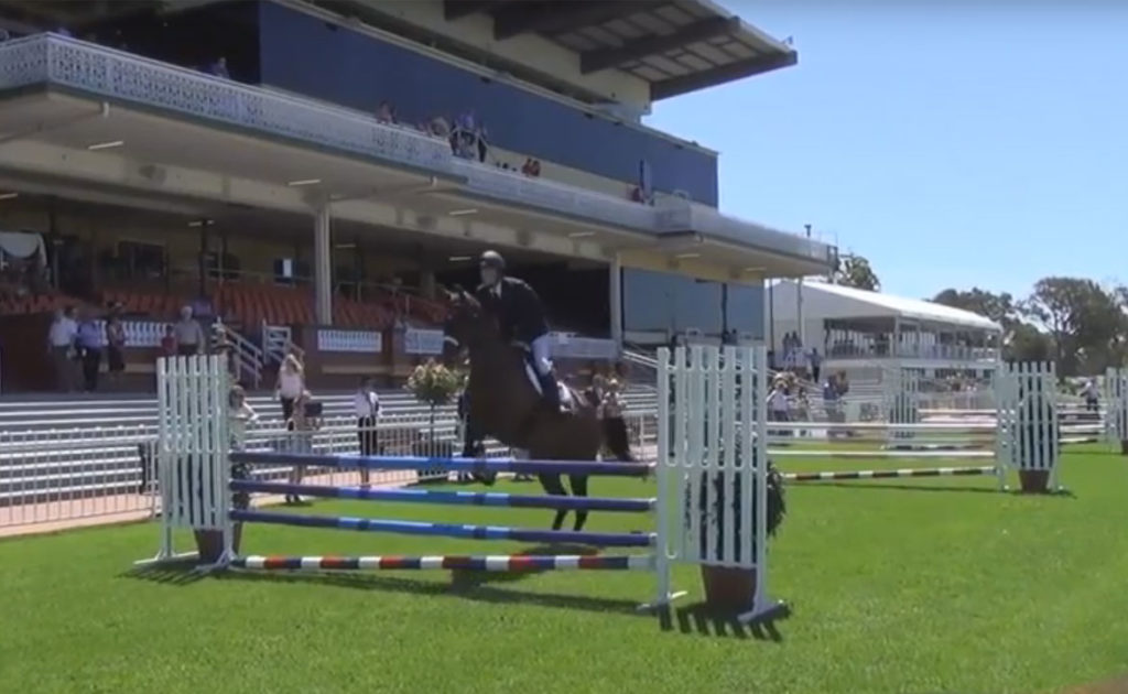 VIDEO: Off The Track WA – 6 Bar Competition at Ascot thumbnail