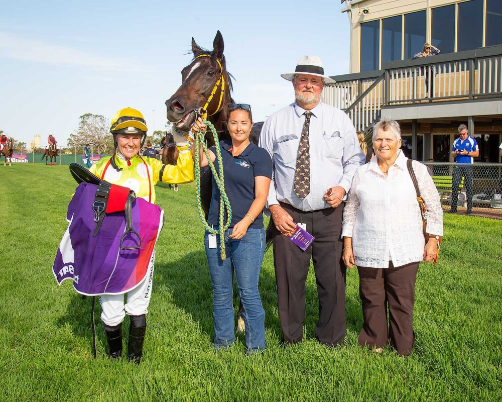 Hammarquist Keen To Take On City Rivals In Perth Cup thumbnail