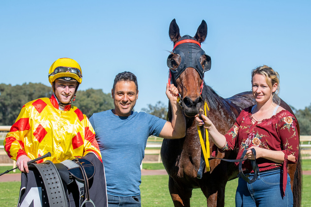 Celisano Land First Prize As Trainer thumbnail