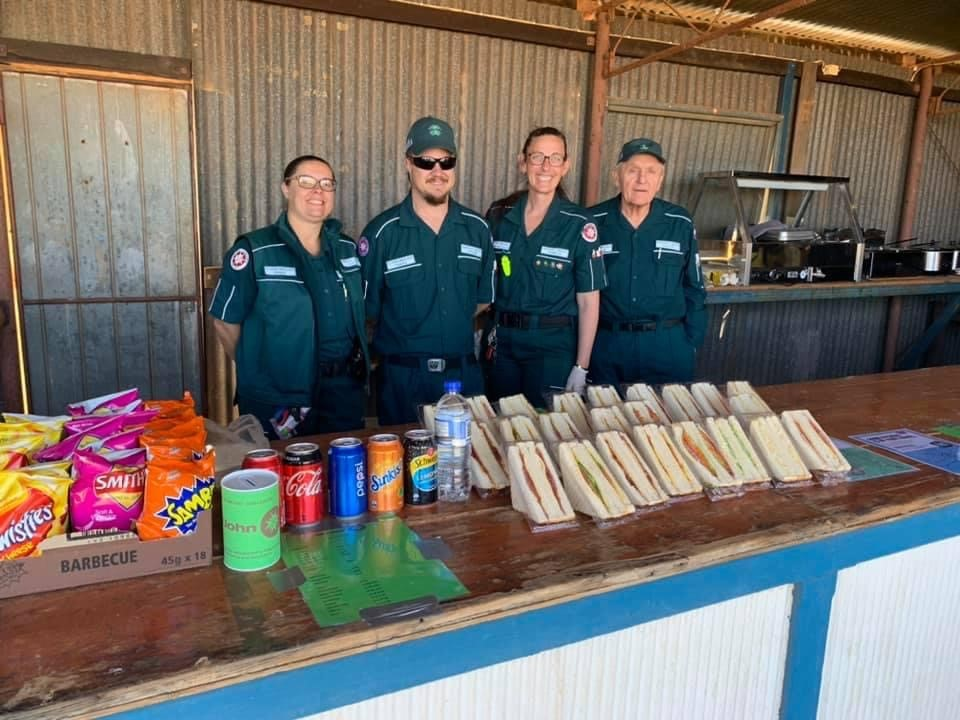 Siren call to help St John's Ambulance at the annual Mount Magnet Cup thumbnail